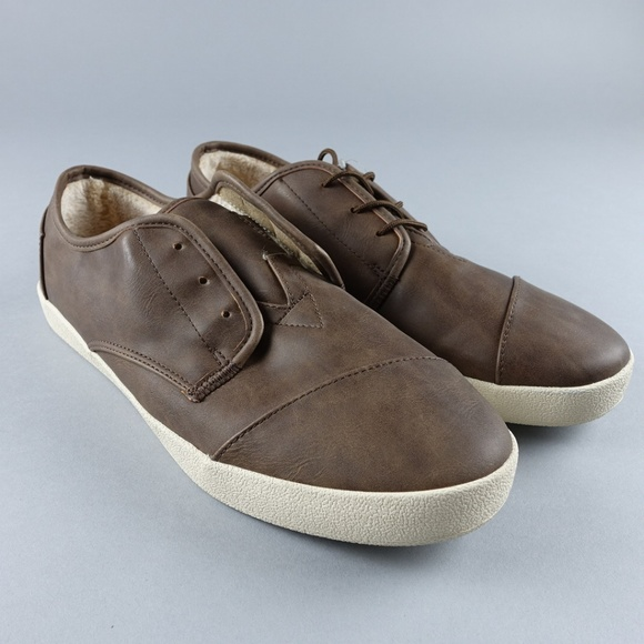 ea30c5fb0dc Toms Men s Paseo Low Top Brown Sneakers Shoes
